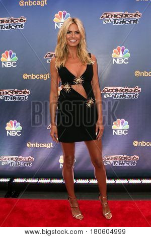 NEW YORK-AUG 11: Model Heidi Klum attends the 'America's Got Talent' season 10 taping at Radio City Music Hall on August 11, 2015 in New York City.
