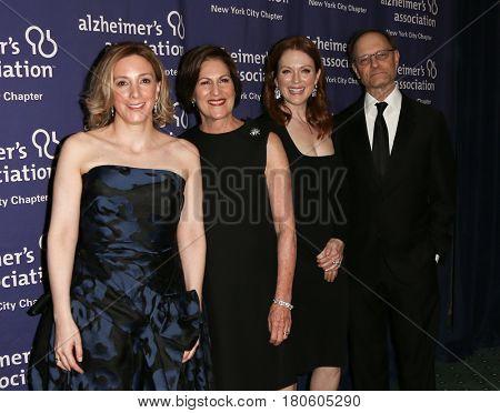 NEW YORK-JUN 8: (L-R) Linda LaGorga, Lou-Ellen Barkan, Julianne Moore and David Hyde Pierce attend Alzheimer's Association 2015