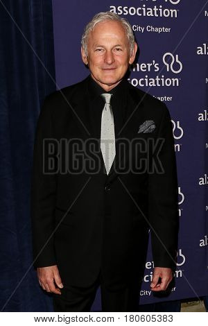 NEW YORK-JUN 8: Actor Victor Garber attends Alzheimer's Association New York City Chapter's 2015