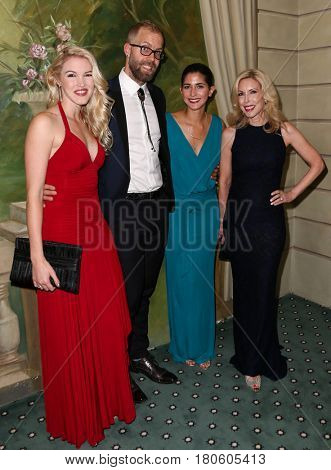 NEW YORK-JUN 8: (L-R) Ashley Campbell, Jesse Olson, Brittany Sturrett and Kim Campbell attend Alzheimer's Association 2015
