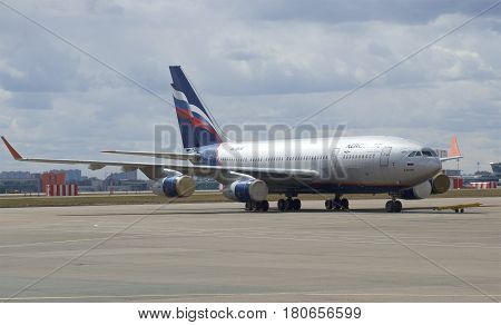 MOSCOW, RUSSIA - APRIL 15, 2015: The IL-96