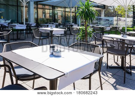 Restaurant White Tableclothes Modern Minimal Simplistic Outdoors Beautiful Day