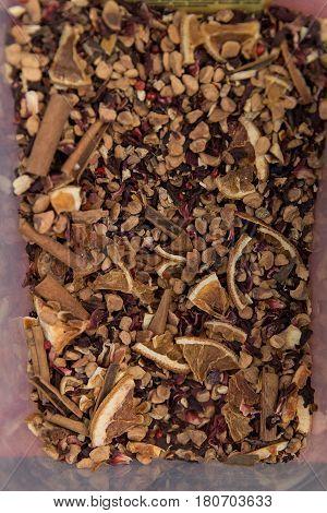 Black Tea Loose Dried Tea Leaves With Cinnamon, Dried Oranges