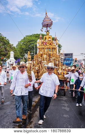 CHIANG MAI THAILAND-APRIL 13:Chiang mai Songkran festival.The tradition of bathing the Buddha Phra Singh marched on an annual basis. With respect to faith.on April 132016 in Chiang maiThailand.