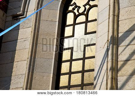 Rose Window  Italy  Lombardy      The Varano Borghi  Old   Church      Tile