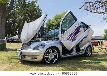 Chrysler Pt Cruiser On Display