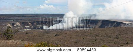 Hale Ma'u Ma'u volcano crater inside Kilauea Caldera, Big island, Hawaii