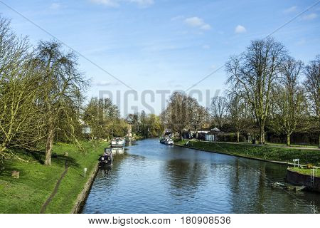 River Cam With House Boats In Cambridge