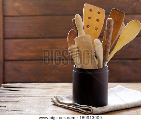 Wooden cutlery for food - rustic style