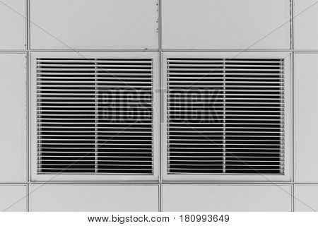 Dust out from Air Duct Ceiling Air Grill in the office building cause of pneumonia in office man.