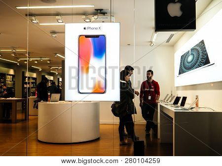 Barcelona, Spain - Nov 11, 2018: Customers Inside K-tuin Apple Store Authorised Reseller In Central