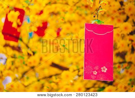 Red Envelopes Lunar New Year. High-quality Stock Images Of Red Envelopes Lunar New Year Draw Ochna I