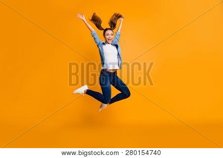 Full Length Body Size View Of Attractive Careless Slim Sporty Sportive Fit Cheerful Cheery Playful F