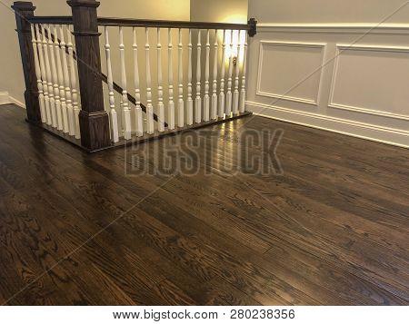 floor of hardwood. Hard wood Floor, Beautiful wood floor installed. Red oak hard wood floor. Wooden floor just installed. Bedroom in hardwood floor,