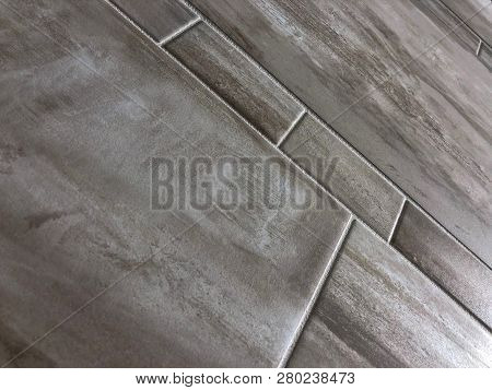 floor, tiles, floor tile, tile floor, Modern tiles. Bathroom wall tiles with grout. Bathroom custom notch. Big tiles installed in my bathroom. Horizontal bathroom tiles. Wall or floor bathroom tiles. bathroom shower base. bathroom tiles.