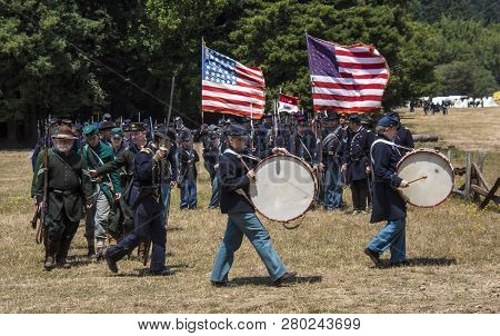 Duncan Mills, Calif - July 14, 2012: Men March In Union Army Uniforms During Civil War Reenactment