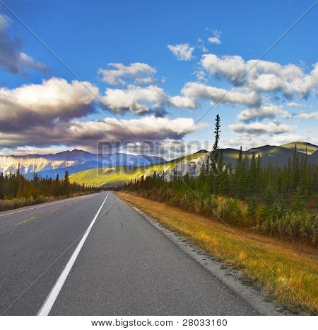 Magnificent American road. Northern landscape