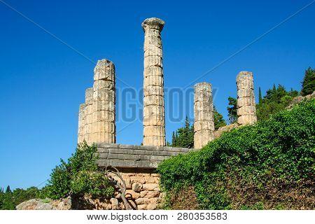 Delphi, Greece: Collonade Of Temple Of Apollo With Delphi Oracle, Centre Of Greek Culture.