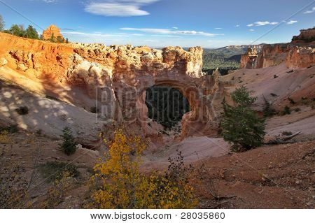 A picturesque round arch in state of Utah in the USA