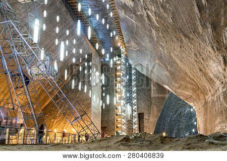 Salina Turda, Romania - August 4, 2018: The Main Hall, Rudolf Mine, At The Salina Turda Salt Mine In