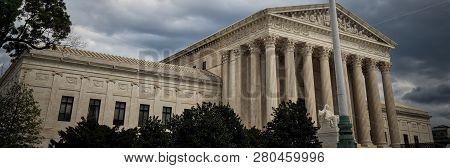 Supreme Court 4 (banner)