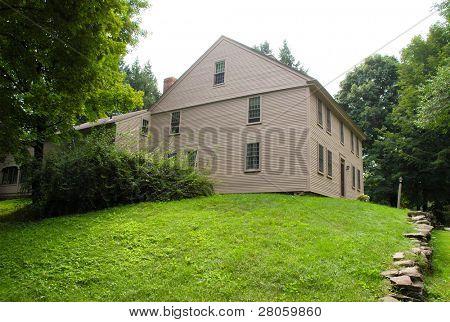 Old Deerfield Village Historic District building