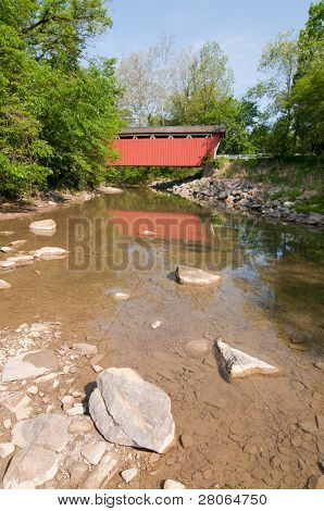 Everitt Road Red Covered Bridge