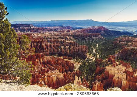 View Down To Bryce Canyon Formation In Utah