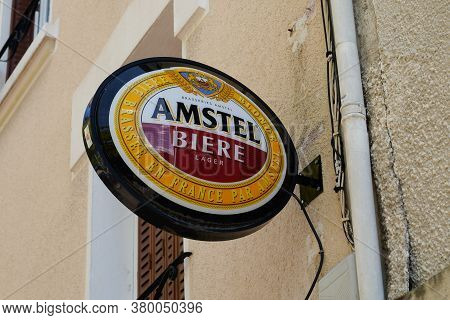 Bordeaux , Aquitaine / France - 08 04 2020 : Amstel Dutch Beer Sign And Logo Front Of Restaurant Bar