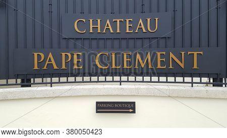 Bordeaux , Aquitaine / France - 08 04 2020 : Chateau Pape Clément Text And Sign Logo Front Of Entran