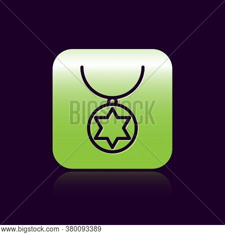 Black Line Star Of David Necklace On Chain Icon Isolated On Black Background. Jewish Religion. Symbo