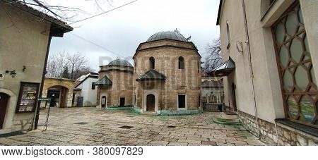 Sarajevo, Bosnia And Herzegovina, 8 March 2020. Mosques, Harems And Sarajevo Tourist Attractions. An