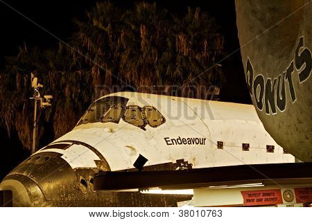 Shuttle Endeavor at Randy's Donuts