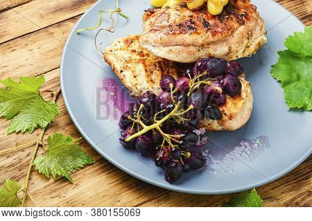Chicken Roasted Steak With Grapes