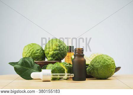 Organic Cosmetic Concept, Organic Essential Oil From Bergamot,citrus Bergamia ,bergamot Citrus Fruit