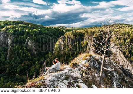Couple Traveling Through The Mountains. Couple In Love In The Mountains. Man And Woman Traveling. A
