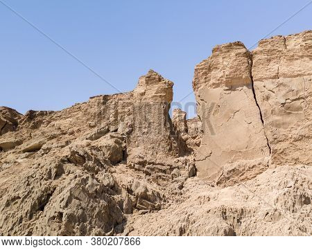 Lots Wife - Eshet Lot Is A Rock Salt Column On Mount Sodom - Sdom - On Coast Of Dead Sea In Israel.
