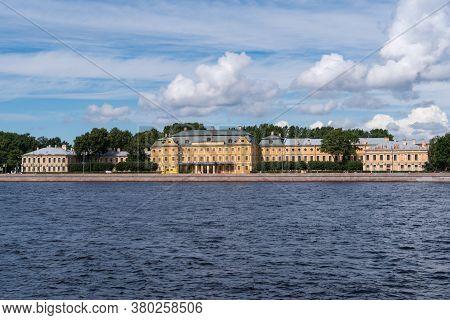 The Menshikov Palace Is A Petrine Baroque Edifice, Situated On Universitetskaya Embankment Of The Bo
