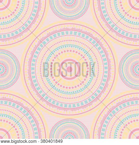 Damask Folk Motifs Seamless Pattern. Circle Medallion Mandala Geometric Tiles. Textile Print Templat