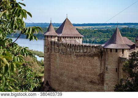 Khotyn Fortess, Castle In Ukraine. One Of Seven Wonders Of Ukraine
