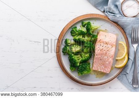 Steam Salmon, Broccoli, Paleo, Keto, Lshf Or Dash Diet. Mediterranean Food. Clean Eating, Balanced