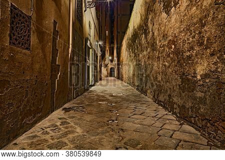 Florence, Tuscany, Italy: Dark Alley At Night In The Old Town Of The Ancient Italian City
