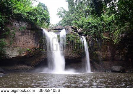 Haew Suwat Waterfall  (nam Tok  Haew Suwat)  Khao Yai National Park / Khorat Plateau, Nakhon Ratchas