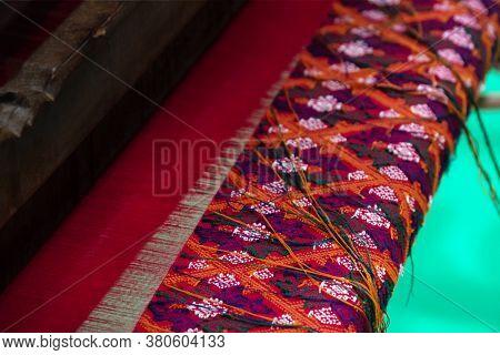 Hand weaving factory, Homemade hand weaving cotton Thailand