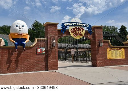 Aberdeen, South Dakota, August 7, 2020:  Humpty Dumpty Is Displayed At The Land Of Oz(storybook Land