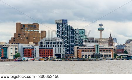 Seacombe, Uk: Jun 23, 2020: A General View Looking Across The River Mersey Towards The Liverpool Wat