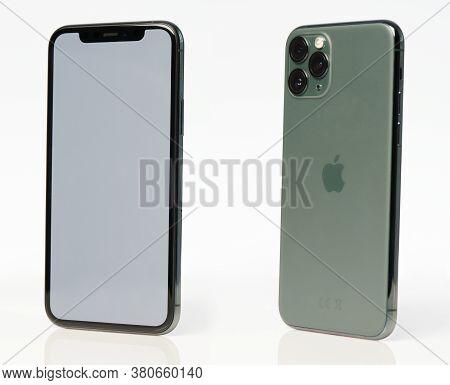 Iphone 11 Isometric View