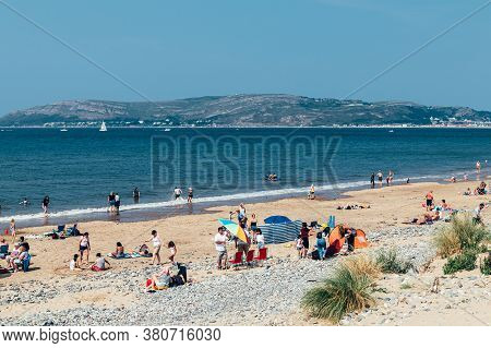 Conwy, North Wales, Uk - 09 August, 2020: Conwy Morfa Beach Is A Large Sandy Bay Located In North Wa