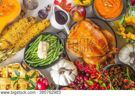 Thanksgiving Celebration Dinner Set