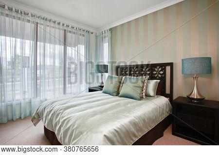 Bedroom Design In A Luxury Modern House